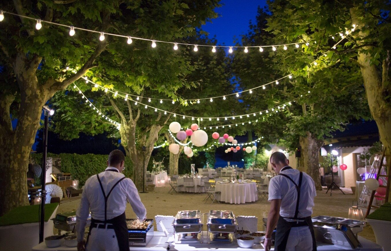 location-guirlande-guinguette-landes-40-pays-basque-64-mariage-kermesse-repas-soir-location-guirlandes-bab-location-lumiere-seignanx
